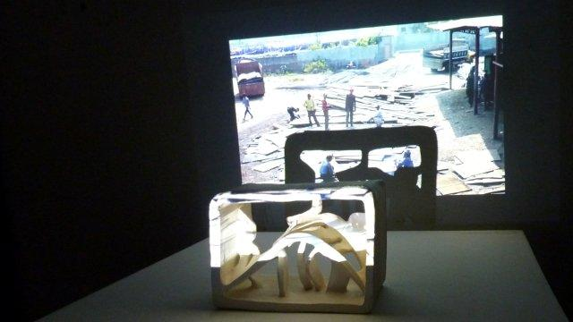 terracottosculptures and movie-projections